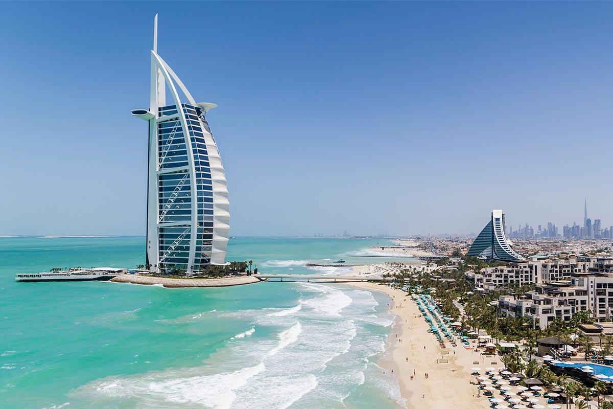 Reisekonzeptjcom_Hero_image-Burj Al Arab Jumeirah - Jumeirah Beach Hotel - Jumeirah Al Naseem - Private Beach - Drone-retouched