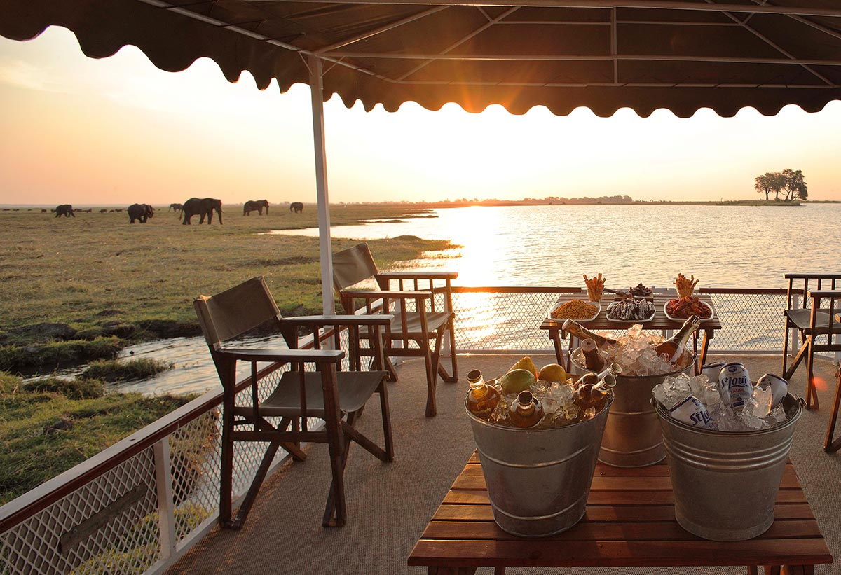 Chobe_under_canvas_Boating2
